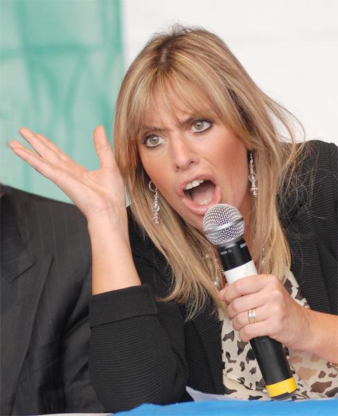 Alessandra Mussolini, scintille in televisione contro Andrea Scanzi