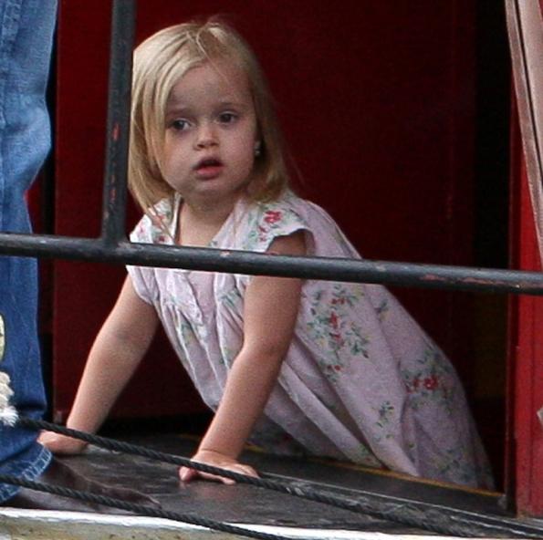 Vivienne Pitt, primo contratto per la figlia di Angelina Jolie e Brad Pitt