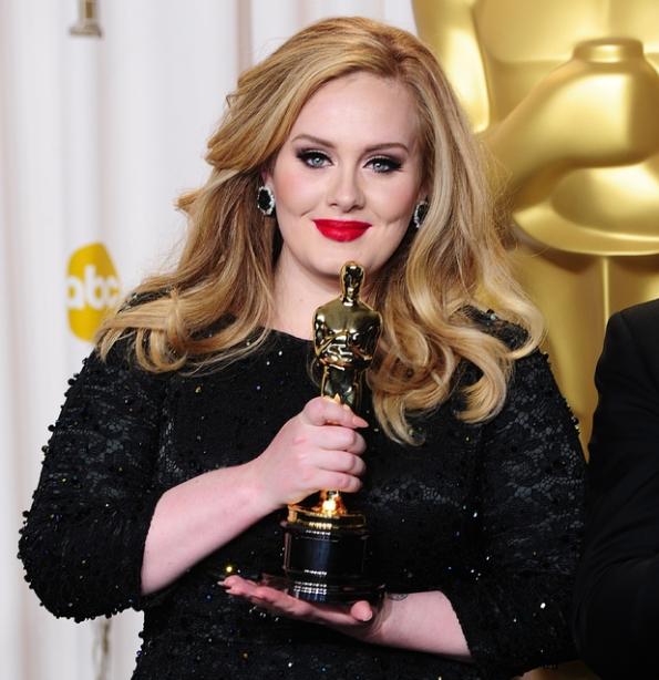 Adele, protagonista per la colonna sonora del nuovo film di 007