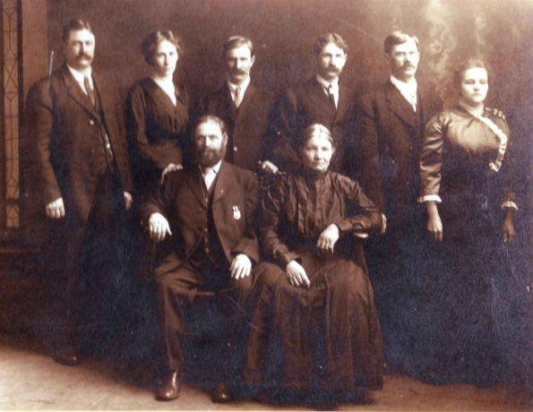 ancestry-w1100-h1100