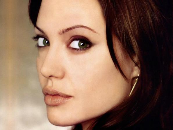 Angelina Jolie, nuovo progetto cinematografico in mano ai fratelli Coen