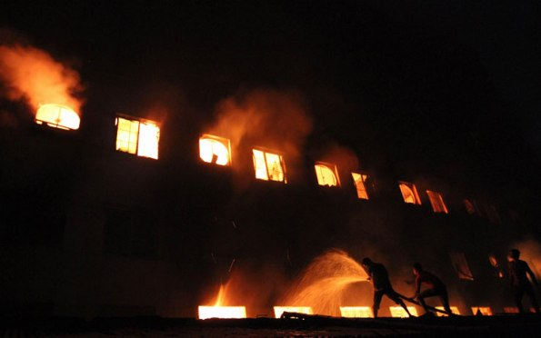 bangladesh_incendio_fabbrica_dacca_bangladesh_getty_01