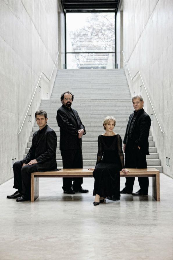 Hagen_Quartett_02 ┬® Harald Hoffmann-w900-h900